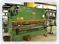 175 Ton Accupress/CNC Backgauge